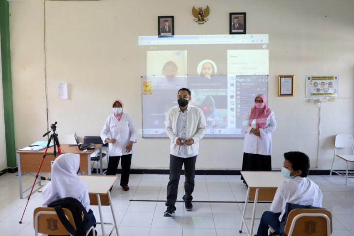 Dievaluasi secara berkala, Kota Surabaya berhati-hati gelar pembelajaran tatap muka