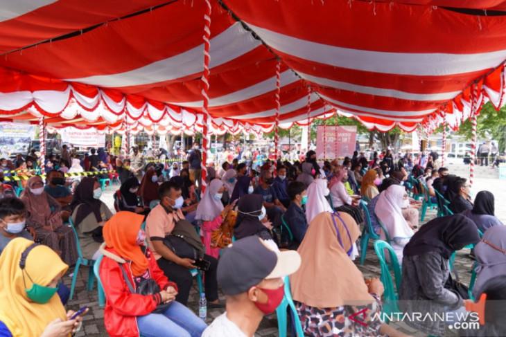 Ribuan warga Kota Gorontalo antusias ikuti vaksinasi COVID-19