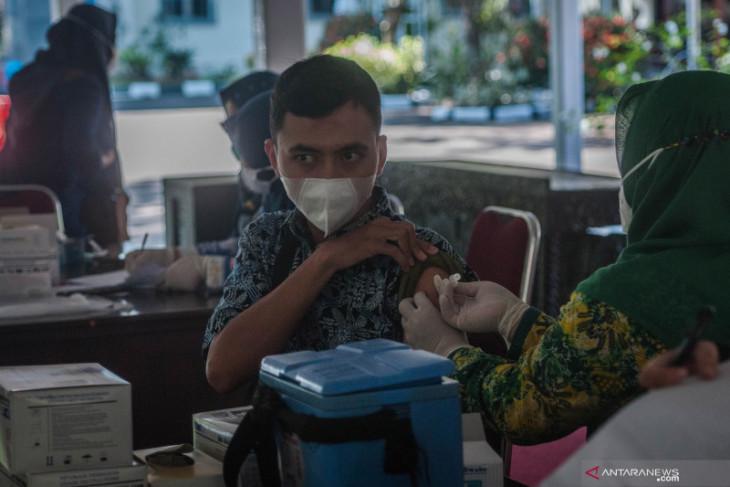 Kemenag Lebak maksimalkan vaksinasi percepat pemulihan ekonomi