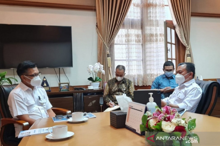 Gubernur Al Haris paparkan kebutuhan pembangunan Jambi kepada Kementerian Bapennas RI