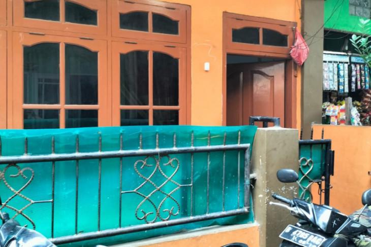 Polisi sita buku kitab saat tangkap terduga teroris di Jakarta Barat