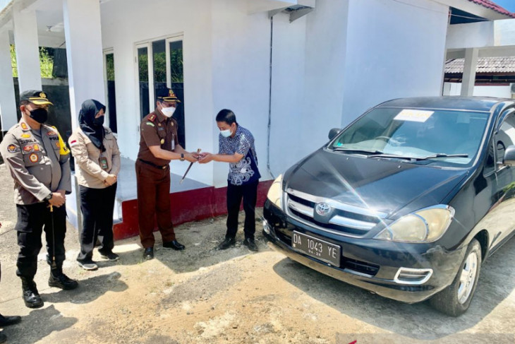 First in Indonesia, Balangan serves inmate's family shuttle