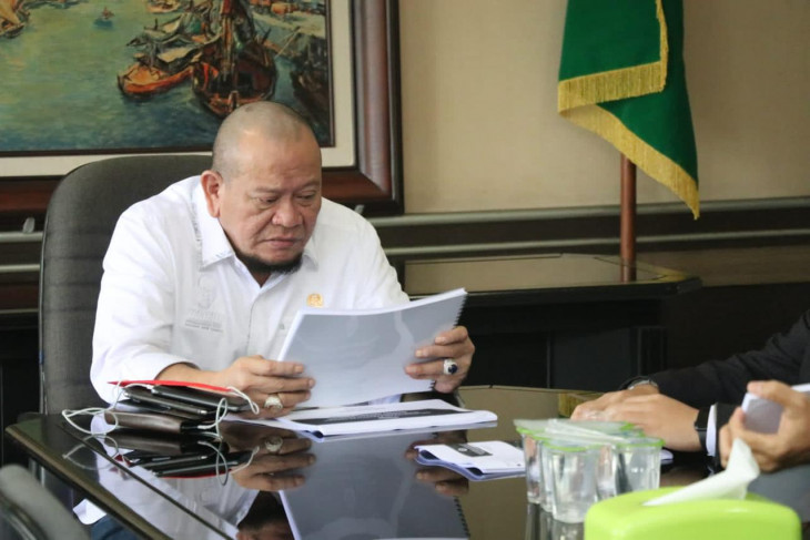 Ketua DPD LaNyalla Mattalitti apresiasi pengendalian COVID-19 di Jatim