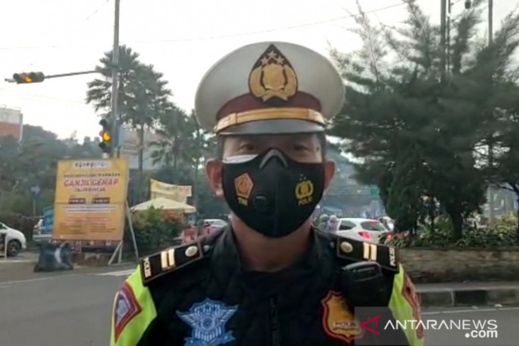 Pelanggar aturan ganjil genap di Puncak mengira bisa siasati petugas