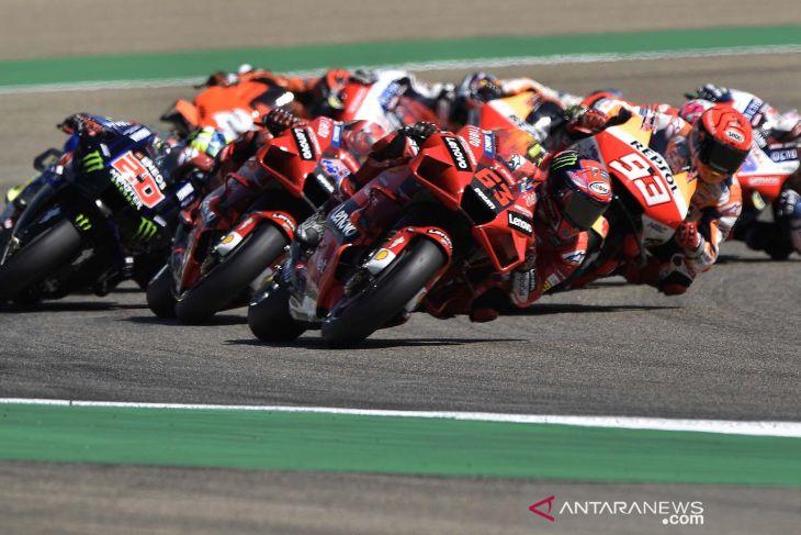 Duel dengan Marquez, Bagnaia raih kemenangan pertama MotoGP di Aragon