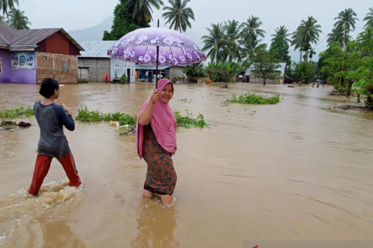 Anggota DPRDGorontalo Utara minta penanggulangan banjir jadi prioritas