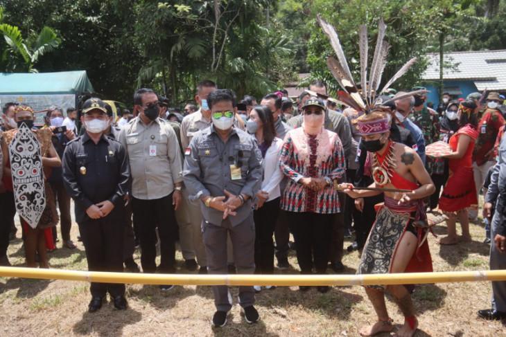Kasdam XII/Tpr sambut kunjungan kerja Menteri Pertanian di Mempawah