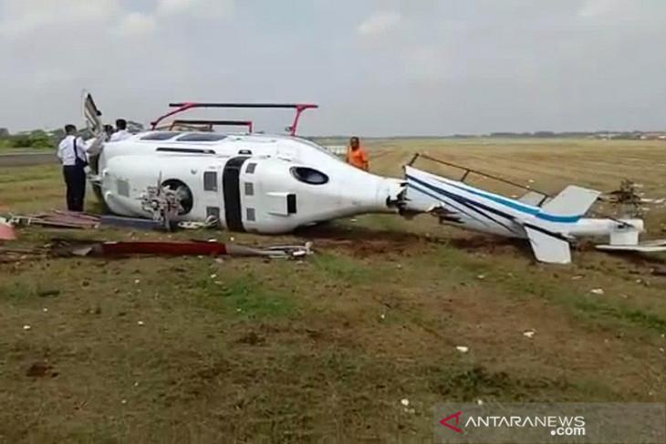 Helikopter Bell-429 milik Balai Besar Kalibrasi terguling di Tangerang