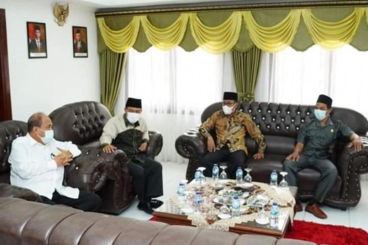 Wali Kota Tebing Tinggi terima kunjungan  anggota DPRD Sumut