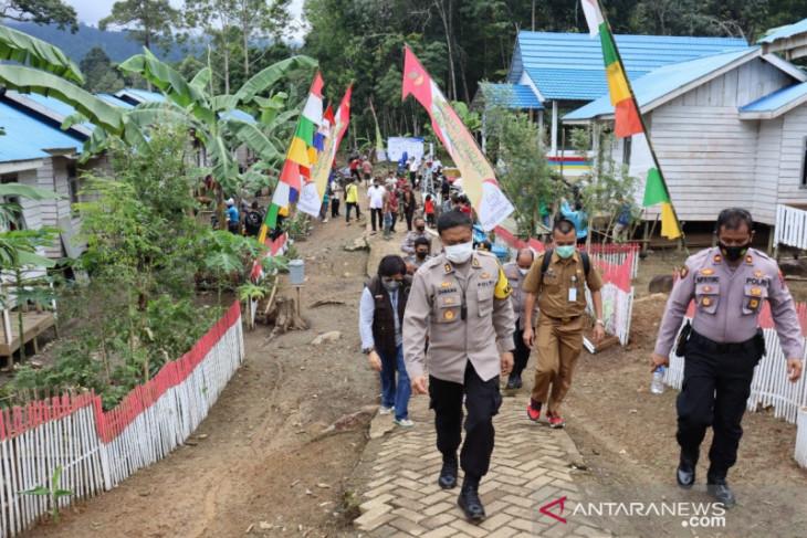 Pengamanan VIP, Ratusan tim gabungan jaga ketat sepanjang jalan kedatangan Mensos di HST