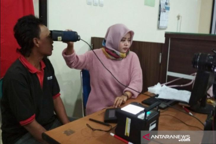 Pemkab Karawang tunggu bantuan alat perekaman e-KTP dari Pemprov Jabar