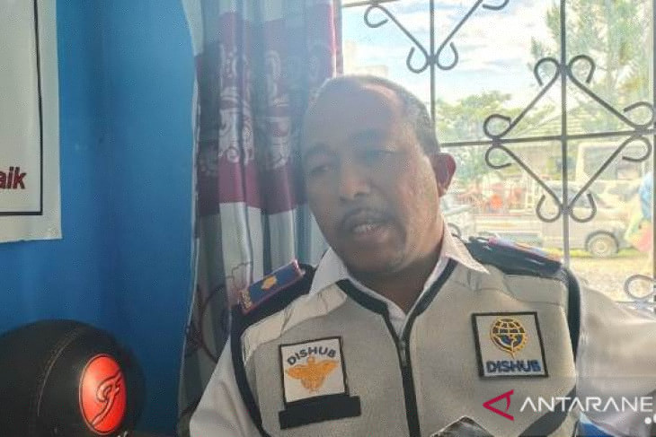 Mobil dinas plat merah jadi angkutan umum di Jayawijaya Papua kok bisa