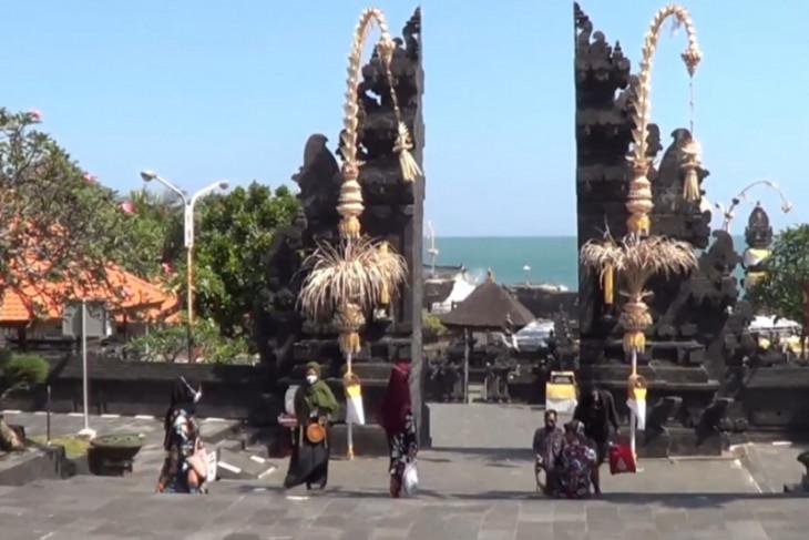 Tanah Lot-Bali catat kunjungan wisatawan domestik meningkat