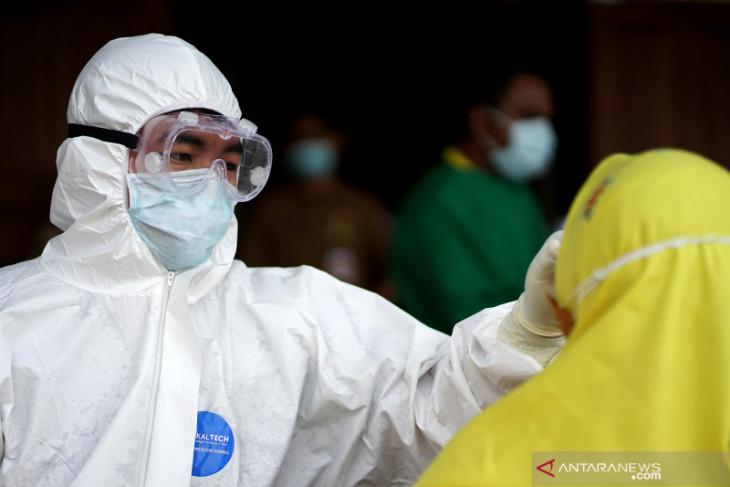 Pemkab Bone Bolango gencarkan swab test harian
