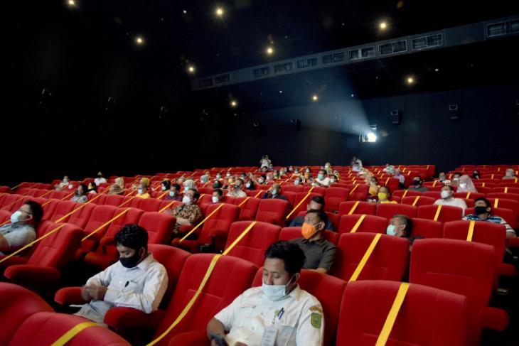 Pemerintah izinkan bioskop buka