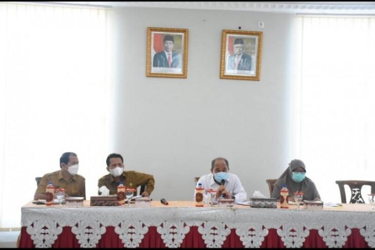 Wali Kota minta Satgas COVID-19 berikan edukasi kepada warga
