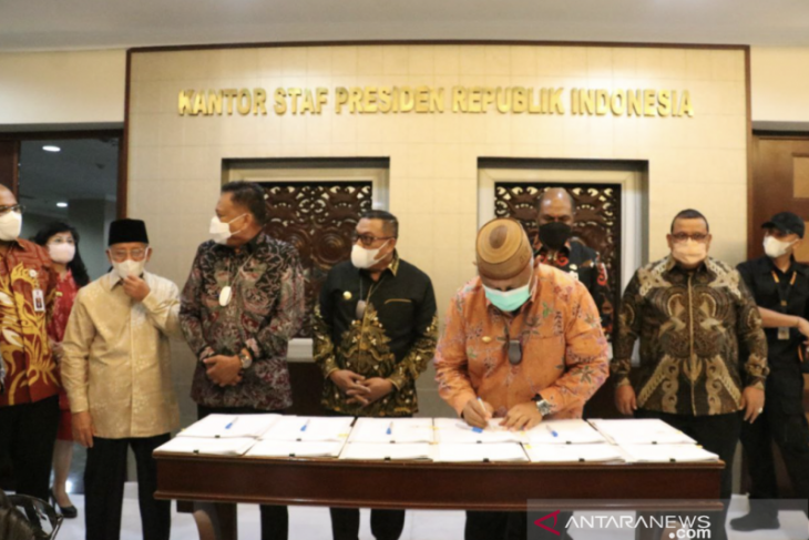 Gubernur Gorontalo dan Gubernur Sulut tandatangani kesepakatan soal penangkapan ikan