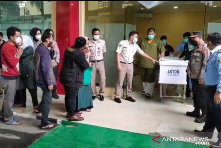 Enam jenazah korban kebakaran Lapas Tangerang diserahkan pada keluarganya