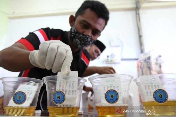 Tes Urine Aceh Barat