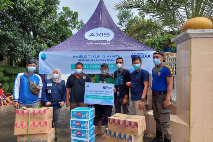 XL Axiata salurkan bantuan untuk korban banjir di Lebak