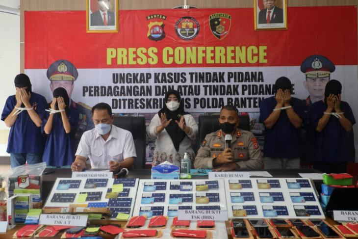Polda Banten ungkap sindikat tindak pidana perdagangan dan pelanggaran ITE