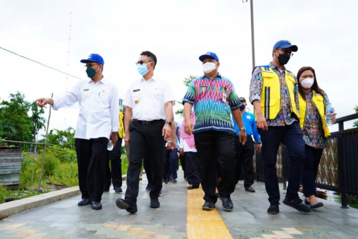 Wali Kota Pontianak resmikan Taman Teras Parit Nanas