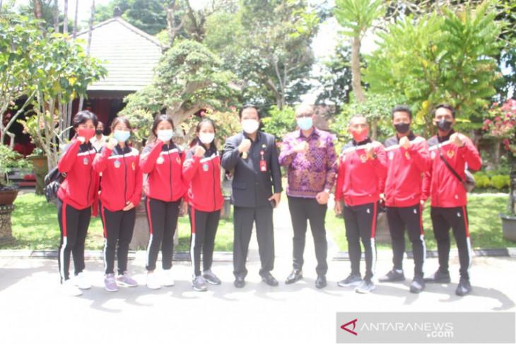 PON Papua - Bupati Bangli lepas atlet  PON XX/2021
