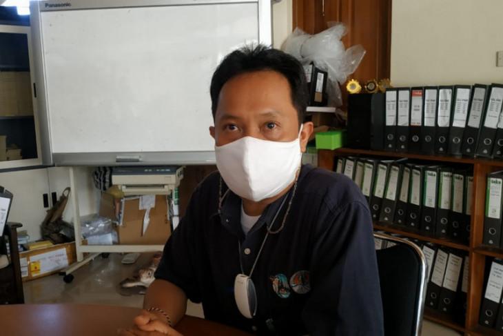 BKSDA Bali evaluasi kesehatan satwa Owa Siamang sebelum dilepasliarkan