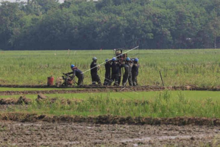 Berpotensi mengandung migas, Pertamina survei 23 desa di Cirebon