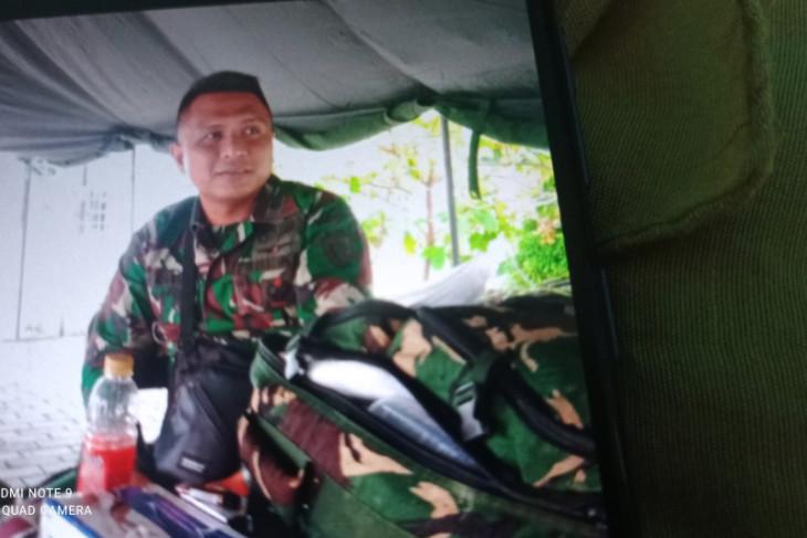 Pasukan TNI bantu warga Lebak terdampak bencana banjir