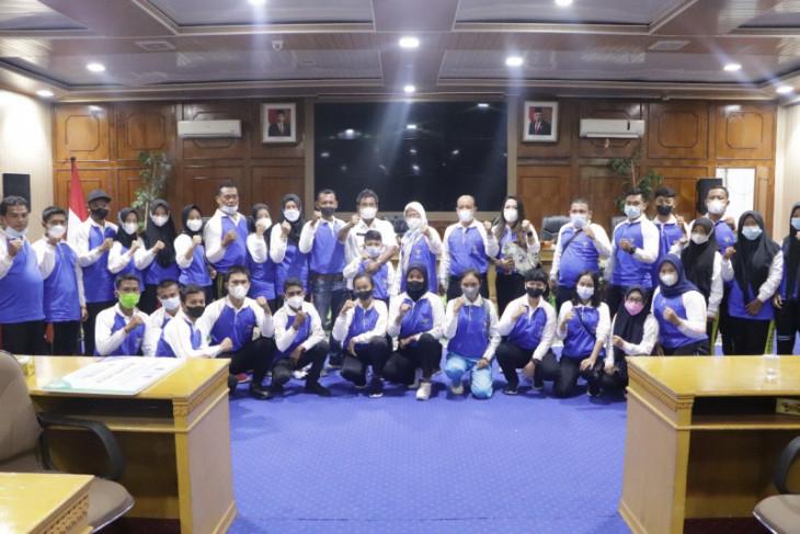 Wali Kota Binjai serahkan tali asih kepada insan olahraga berdedikasi