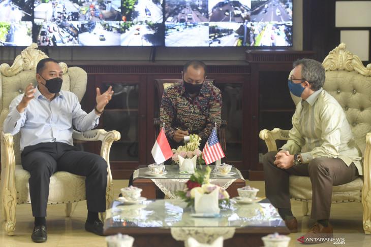 Pertemuan Wali Kota Surabaya dengan Konjen AS