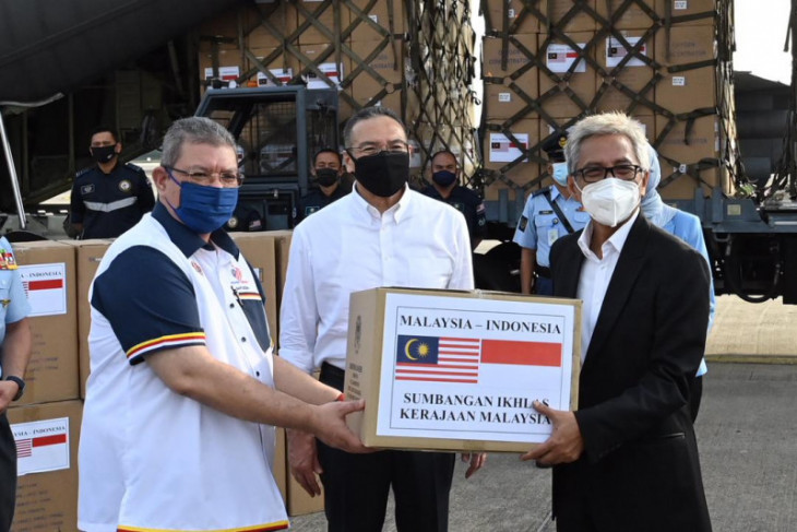 Malaysia sumbang Indonesia berupa peralatan COVID-19