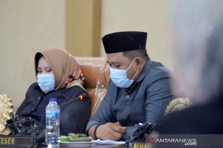 DPRD Gorontalo Utara sebut Festival Pesona Saronde belum tepat digelar