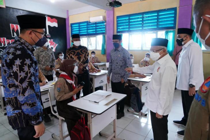 Bupati Zaki dan Wapres tinjau pelaksanaan PTM di Tangerang