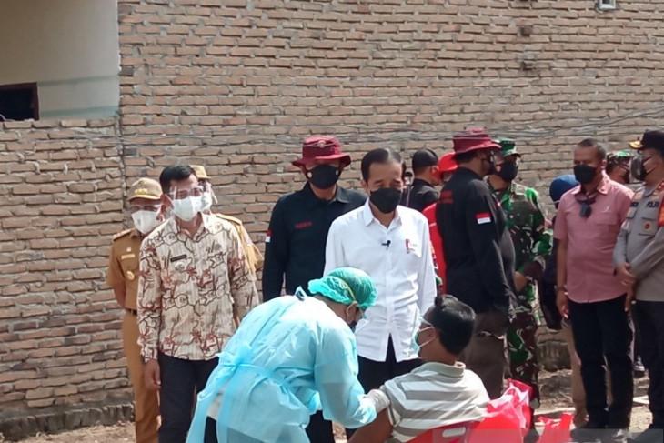 Presiden Joko Widodo ajak masyarakat tetap disiplin jalankan Prokes