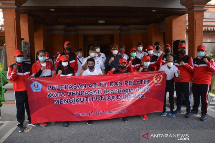 PON Papua - Wali Kota Denpasar lepas 72 atlet ke PON Papua