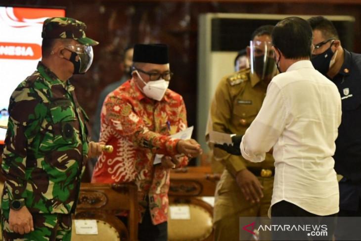 Bertemu Presiden, Bupati Aceh Barat minta Otsus Aceh ditambah dan diperpanjang