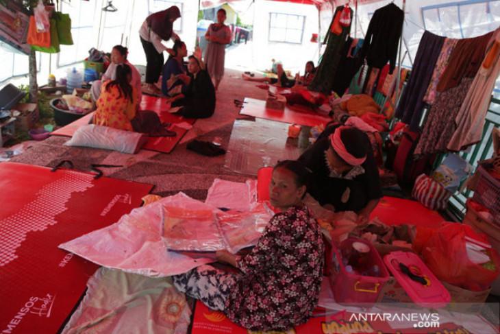 Dua warga terdampak banjir Kalteng meninggal di tenda pengungsian