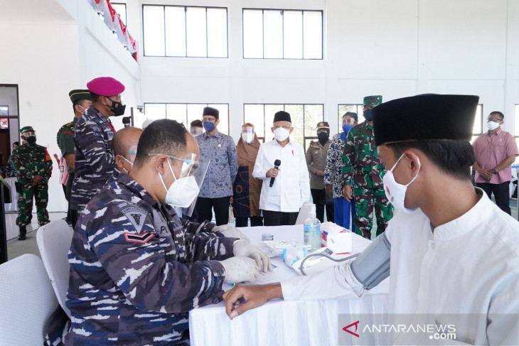 Wapres apresiasi Serbuan Vaksinasi TNI AL di  pesantren