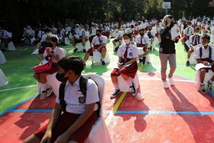 Lebih seribu pelajar SD usia 12 tahun di Kota Madiun jalani vaksinasi