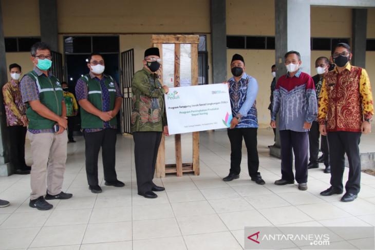 Bantuan mesin pengering CSR PLN untuk warga Muning Baru