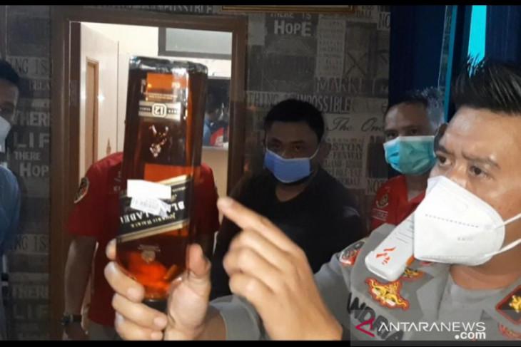 Industri rumahan miras impor palsu di Cileungsi Bogor diungkap polisi
