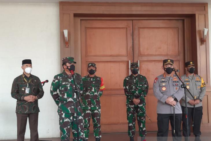 Panglima TNI minta target vaksinasi Provinsi Jambi di atas 50 persen