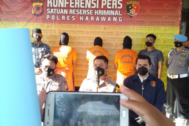Tiga orang ditetapkan jadi tersangka perusakan kantor Adira Finance di Karawang