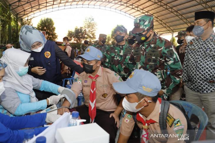 Serbuan vaksinasi Kodam V/Brawijaya sasar pelajar di Mojokerto