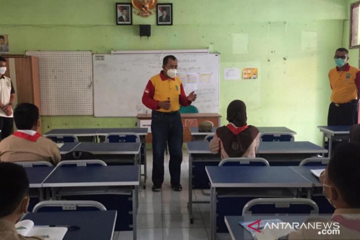 Disdik Kota Bekasi evaluasi berjenjang pelaksanaan PTM terbatas