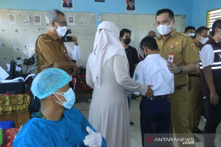 Vaksinasi pelajar SMP persiapan Pembelajaran Tatap Muka