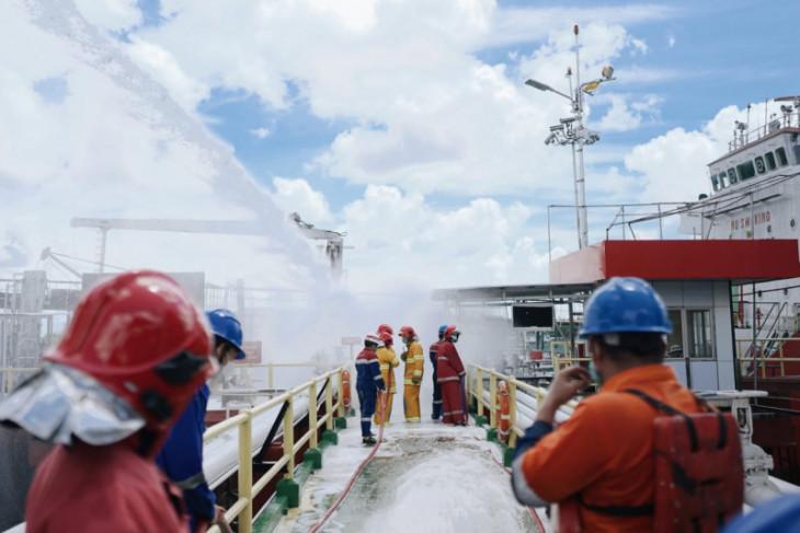 Pertamina simulasi operasi keadaan darurat level 0 di area Dermaga FT Pangkal Balam