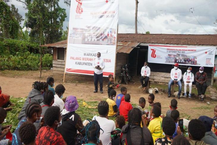 Melihat perayaan HUT PMI ke-76 di pengungsian Nduga Papua